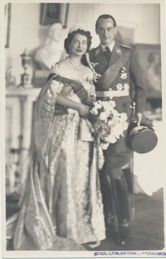 Wedding photograph of Princess Kira Kirilovna of Russia and Prince Louis Ferdinand of Prussia, in 1938.