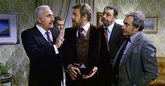 """Gastone Moschin con Adolfo Celi, Philippe Noiret e Ugo Tognazzi in """"Amici miei"""" di Mario Monicelli (1975)."""