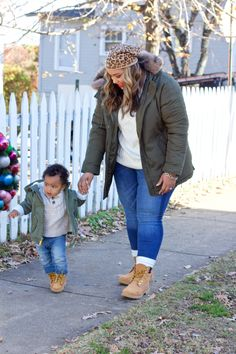 Twinning in Timberlands with Shoe Carnival (beauticurve) Outfit Con Botas Timberland, Mode Timberland, Timberland Boots Women, Curvy Outfits, Mom Outfits, Stylish Outfits, Plus Size Outfits, Fashion Outfits, Fashion Trends