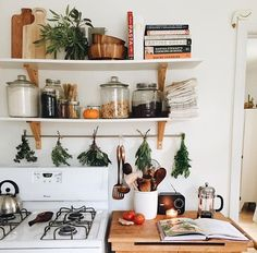 Rustic natural kitchen decor inspiration by Amelia Marthelia Deco Studio, My Dream Home, Home Kitchens, Kitchen Decor, Kitchen Herbs, Decorating Kitchen, Kitchen Layout, Kitchen Ideas, Kitchen Design