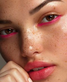 Pink lips 120049146304144743 - ew beauty story for GLAMOUR Hungary Mode Source by evane Eye Makeup Art, Cute Makeup, Pretty Makeup, Skin Makeup, Makeup Inspo, Makeup Looks, Simple Makeup, Makeup Ideas, Hippy Makeup