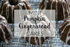 Mini Pumpkin Gingerbread Cakes Best Party Snacks, Starbucks Pumpkin Spice Latte, Gingerbread Cake, Mini Pumpkins, Pumpkin Dessert, Party Guests, Yummy Appetizers, How To Make Cake, Cocktail Recipes