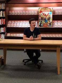 Skokie, IL: Barnes & Noble, 7/12/14