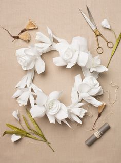 Paper flower wreath DIY