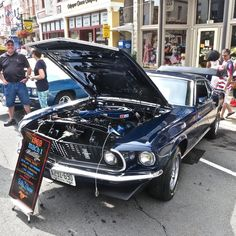 1969 Mustang Mach 1 Saw this at a classic show on Virginia. Crazy how well it's been kept up. Gotta love it when someone takes good care of their vehicle! #1969 #ford #mustang #gt #mach1 #gt500 #v8 #muscle #americanmuscle #musclecar #pony #stang #camaro #challenger #charger #corvette #gto #transam #firebird