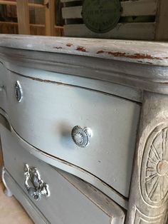Love This Vintage Table In Pomegranate By Glen Cove Farm ! #mudpaint  #paintedfurniture #furniture #table #red | MudPaint Pomegranate | Pinterest  | Cove F.C. ...