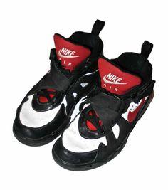 online retailer c9ef9 25f62 Vintage Red   Black Nike Air Shoes Mens Size 11.5  40.00 Nike Air Shoes,  Black