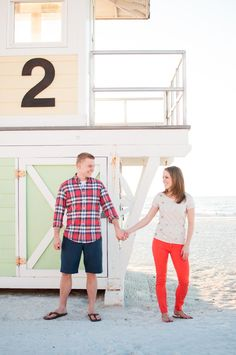 Clearwater Beach engagement session by carolineevan.com