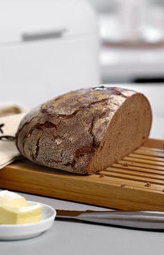 So einfach und doch so gut: Frisch gebackenes Brot und Butter
