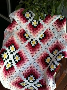 Crochet mitered daisy afghan by SusieQsYarns on Etsy