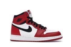 Jordan Retro 1, Air Jordan Red, Jordan 1 High Og, Red Nike Shoes, Nike Shoes Air Force, Jordan Shoes Girls, Girls Shoes, Jordan Sneakers, Red And White Jordans