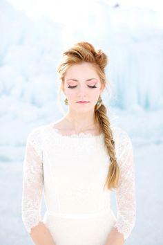 30 idées de coiffures pour les mariées d'hiver | Glamour