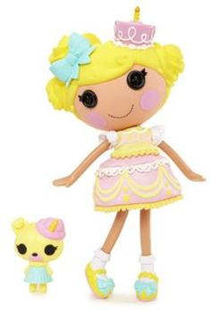 Lalaloopsy doll became a fashion brand and a favorite toy for many girls. In this post you will find a free Lalaloopsy Doll Amigurumi Pattern. Toys For Girls, Gifts For Girls, Lalaloopsy Mini, Pet Pug, Fairy Coloring Pages, Doll Stands, It's Your Birthday, Birthday Parties, Birthday Cake