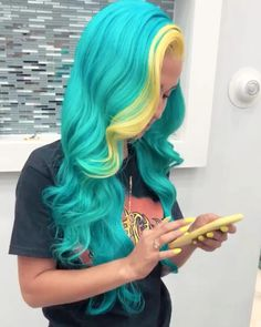 Ideas for birthday nails crown natural hair Pretty Hair Color, Beautiful Hair Color, Hair Color Blue, Pretty Hairstyles, Wig Hairstyles, Hair Colorful, Underlights Hair, Natural Hair Styles, Long Hair Styles