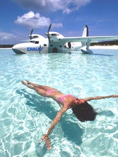 Swimming in the Bahamas with the Chalks International Airways Grumman turbo mallard