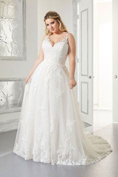Mori Lee Wedding Gown Sizes, Wedding Dresses Plus Size, Plus Size Wedding, Bridal Wedding Dresses, Bridal Style, Lace Wedding, Bridesmaid Dresses, Mori Lee Wedding Dress, Dream Wedding