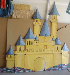 castle for kids room Disney Classroom, Primary Classroom, Classroom Ideas, Toddler Room Decor, Kids Room, Toddler Dollhouse, Disney Bulletin Boards, Preschool Art Projects, Decorating Ideas