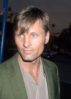 Actor Viggo Mortensen attends the 'Return to Paradise' Westwood Premiere on August 10 1998 at the Mann Village Theatre in Westwood California