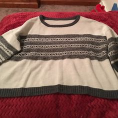 Free people sweater In amazing condition. So adorable. 3/5 length sleeves with wide arms. Really comfortable. Tag is cute out because it was itchy but it's free people. Free People Sweaters