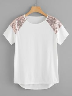 To find out about the Sequin Panel Dip Hem Tee at SHEIN, part of our latest T-Shirts ready to shop online today! Diy Clothes, Fashion Clothes, Fashion Outfits, Fashion News, Girl Fashion, Fashion Women, Latest T Shirt, Types Of Sleeves, Cute Outfits