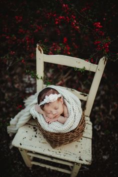 Newborn Fotografia, Foto Newborn, Newborn Session, Baby Girl Newborn, Newborn Posing, Newborn Care, Baby Boys, Outdoor Newborn Photography, Photography Props