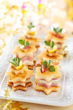 46 Ideas Brunch Appetizers Finger Foods Ham And Cheese For 2019 - Best finger food list Brunch Appetizers, Finger Food Appetizers, Christmas Appetizers, Appetizer Recipes, Salmon Appetizer, Christmas Brunch, Christmas Breakfast, Toast Noel, Tapas