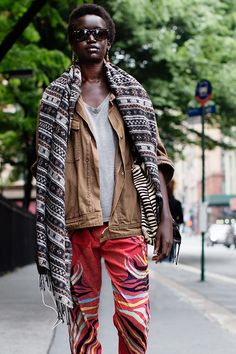 The Sartorialist / On the Street…..Broadway, New York // #Fashion, #FashionBlog, #FashionBlogger, #Ootd, #OutfitOfTheDay, #StreetStyle, #Style