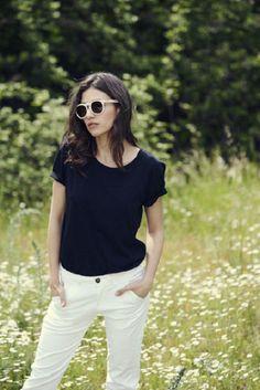 Úrsula Corberó debuta como diseñadora de gafas de sol - http://www.efeblog.com/ursula-corbero-debuta-como-disenadora-de-gafas-de-sol-16691/  #Estilo_de_la_semana #Gafas, #Gafas_De_Sol