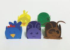 Forminhas para doces tema Galinha Pintadinha, vendidas em pacotes com 25 unidades iguais de cada personagem. Confeccionadas em papel especial color plus, gramatura 180g.    O preço do pacote com 25 unidades é R$ 10,90
