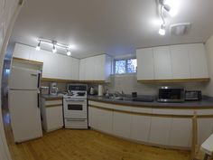 TORONTO-SUNNYBROOK-*elective*Modern Clean Fully Furnished 1 Bedroom Apartment Close to Sunnybrook Health Science Centre