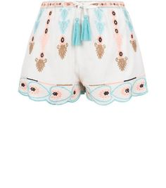 White Embroidered Scallop Hem Shorts | New Look