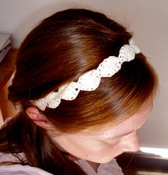 Crochet Hairband- cintillo. Really easy and quick