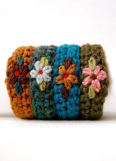 Crocheted Flower Wristband,