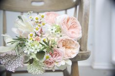 spring bouquet, sweet and delicate...VERY PRETTY!! for bridesmaides ;)