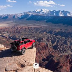 """The Bronco Nation's Instagram profile post: """"On top of the world with @vaughngittinjr and @loren_healy. #Bronco #TheBroncoNation #funhaver"""" Ford Bronco, Top Of The World, Broncos, Profile, Cars, Instagram, User Profile, Autos, Ford Bronco Lifted"""