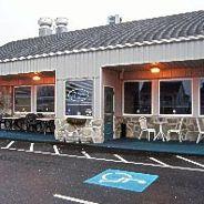 Lisa's Cafe   Lisa's Café     1 ½ miles away 717-533-8999    East Main Street (rt 422) Palmyra Hours: 11am – 8pm M-TH    11am – 9pm Fri + Sat,     Closed Sundays