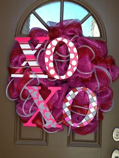 Cute deco mesh wreath for Valentine's Day! Description from pinterest.com. I searched for this on bing.com/images