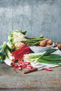 Seasonal fruit and veg for Spring