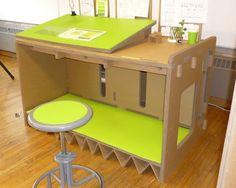desk1 de cartón