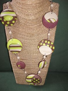 long necklace, made entirely by hand in clay polymer, handmade murrine of stripes and polka dots. Each parts are sanded and polished by hand, enabling collat as you go great with any look. Collar, Washer Necklace, Polymer Clay, Polka Dots, Stripes, Handmade, Etsy, Jewelry, Hand Made Gifts