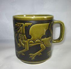 Hornsea Welsh Dragons mug, green.