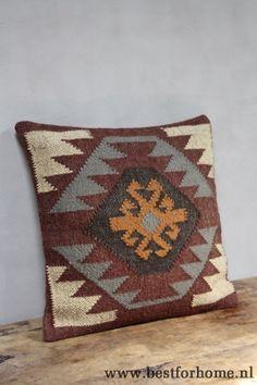 Kilim Pillows, Cushions, Throw Pillows, Navajo Rugs, Western Decor, Loom Weaving, Wood Pieces, Cozy House, Soft Furnishings