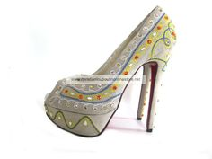 Christian Louboutin Bollywoody Suede Pump Beige