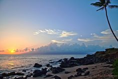Kahana Sunset. Awww wish I was there now. :)