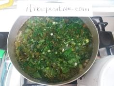 Sorrel soup (green borscht) is one of the many borscht recipes. Sorrel Soup, Borscht Recipe, Onion Vegetable, Food Names, Peeling Potatoes, Old Recipes, Boiled Eggs, Palak Paneer, Cilantro