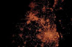 20 imagens de satélites de cidades registradas pela NASA