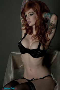 Sexy Tattooed Chicks