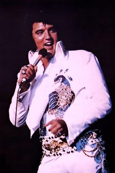 only 1 elvis video that shows elvis in different jumpsuits of elvis on ...