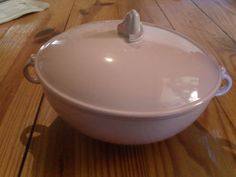 Vintage Taylor Smith Taylor Luray Pastel Pink Casserole