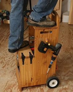 Awesome, organized, rolling toolbox/step stool! Great website: This Is Carpentry
